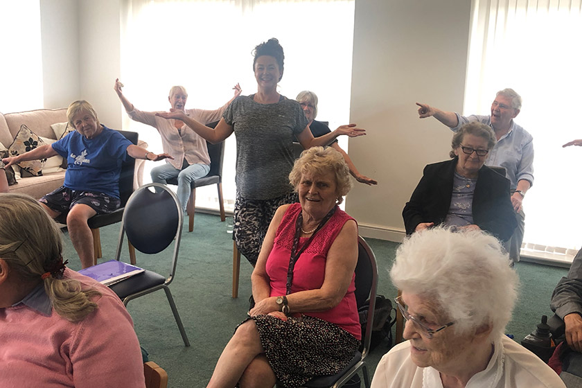 Residents enjoy mobility classes at Jazz Court