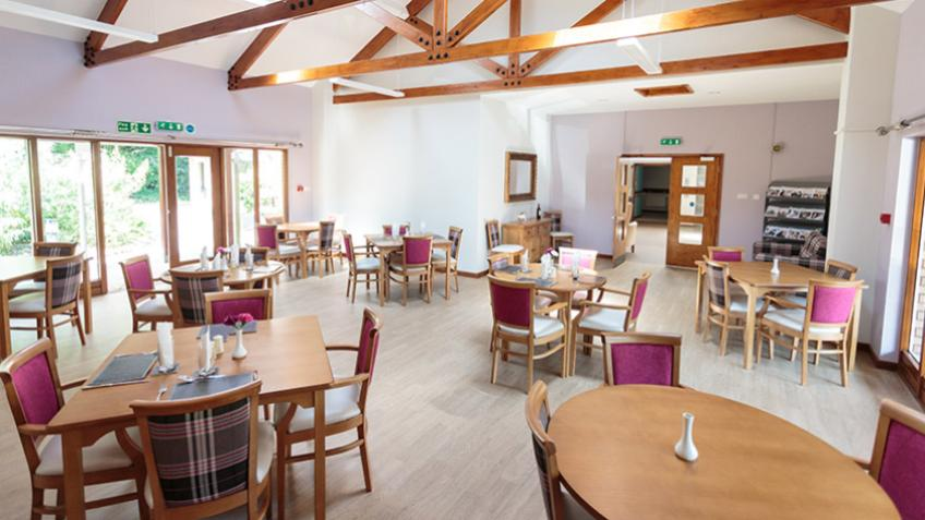 Elizabeth House dining area