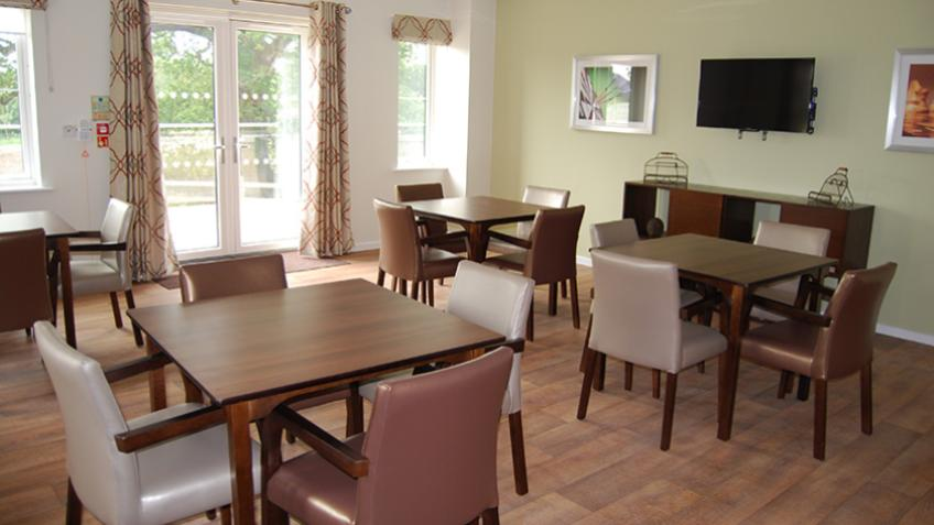Noble House dining area