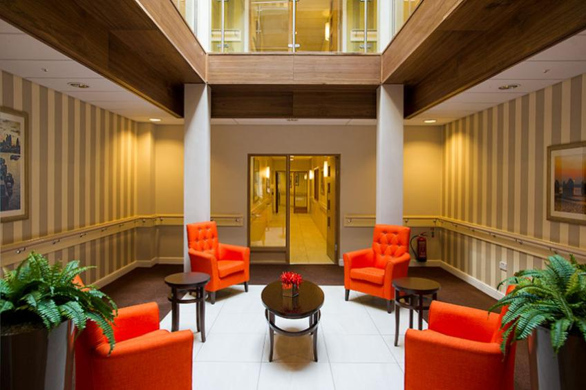 Greenwich Gardens seating area in the lobby